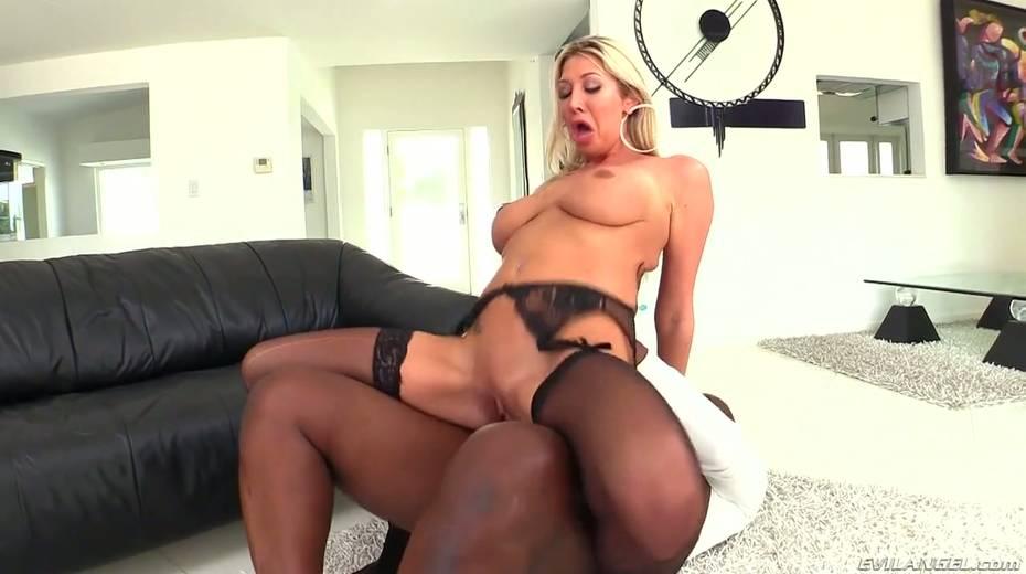 Seductive hottie Lexi Lowe enjoys having dirty interracial anal sex - 14. pic