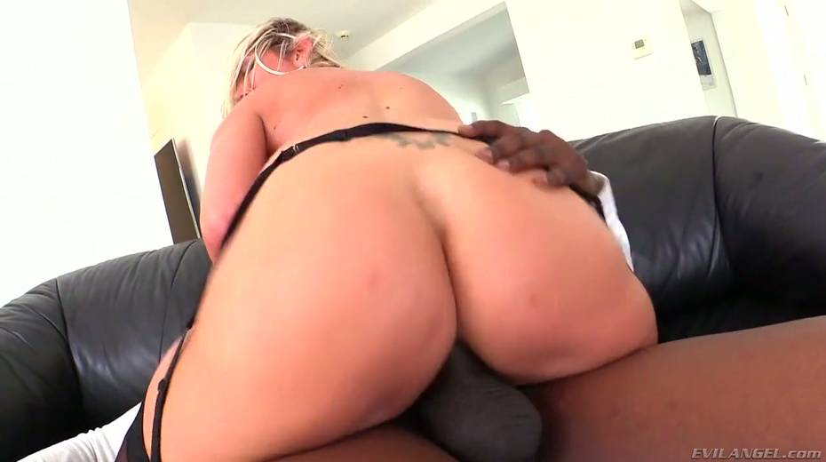 Seductive hottie Lexi Lowe enjoys having dirty interracial anal sex - 19. pic