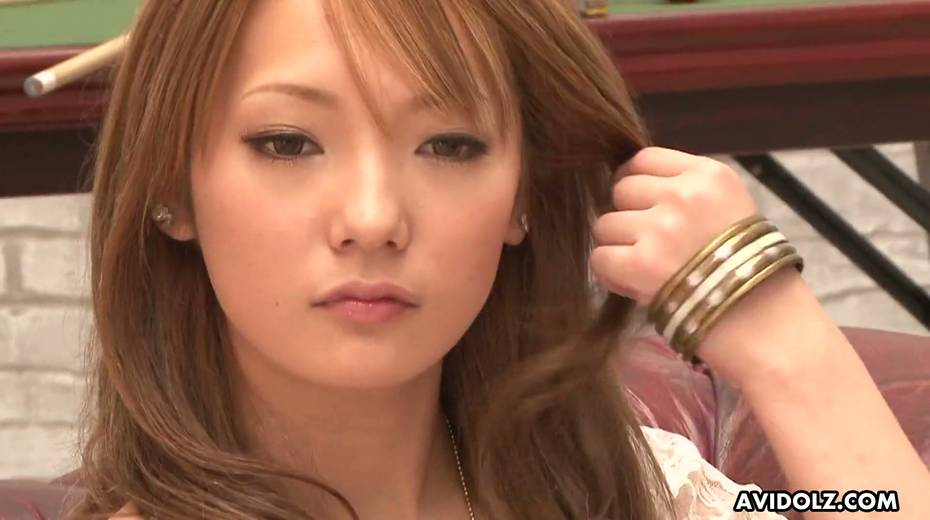 Asian fancy girl Sena Aragaki gets her pussy toying spreading legs wide open - 4. pic