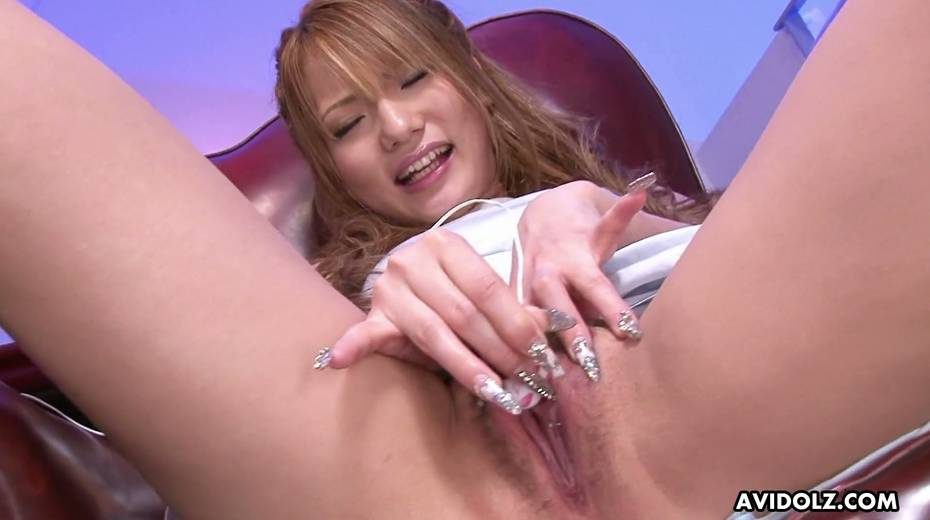 Asian fancy girl Sena Aragaki gets her pussy toying spreading legs wide open - 28. pic