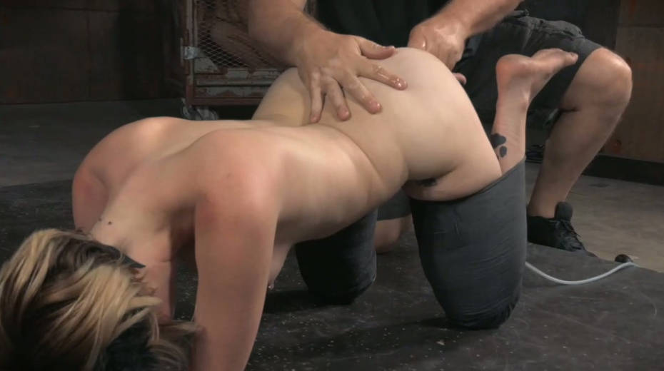 Pervert fucks anal hole of sex-slave with sex toy right on the cold floor - 1. pic