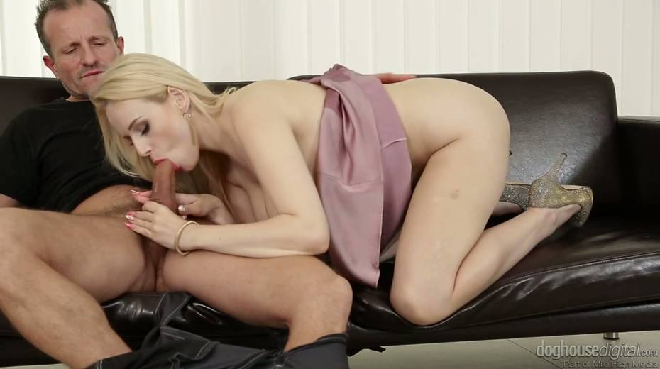 Graceful babe Angel Wicky squirts during hardcore pussy pounding - 5. pic