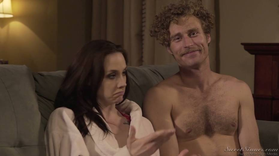 Sextractive porn actress Chanel Preston gives and interview - 5. pic