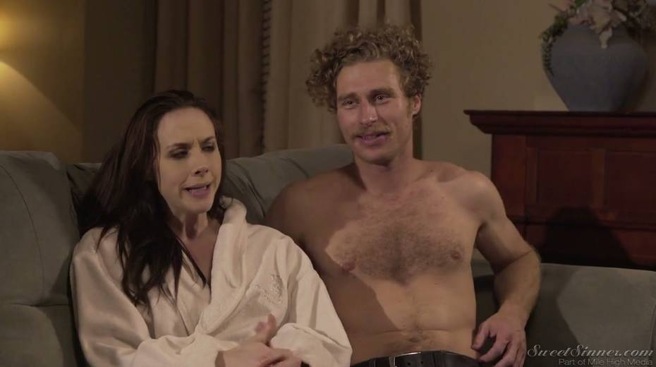 Sextractive porn actress Chanel Preston gives and interview - 7. pic
