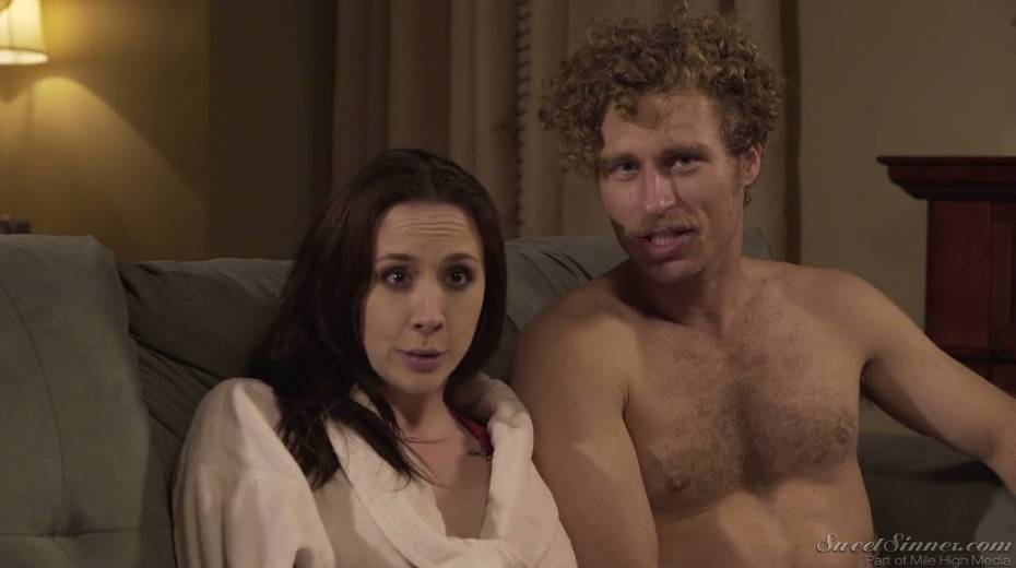Sextractive porn actress Chanel Preston gives and interview - 18. pic