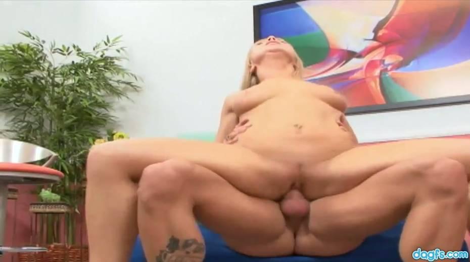 Bald headed dude picks up and fucks flexible blond chick Viki La Vie - 19. pic