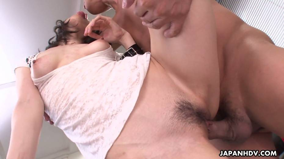 Asian secretary Mitsuki is fucked by several co-workers right in the office - 18. pic