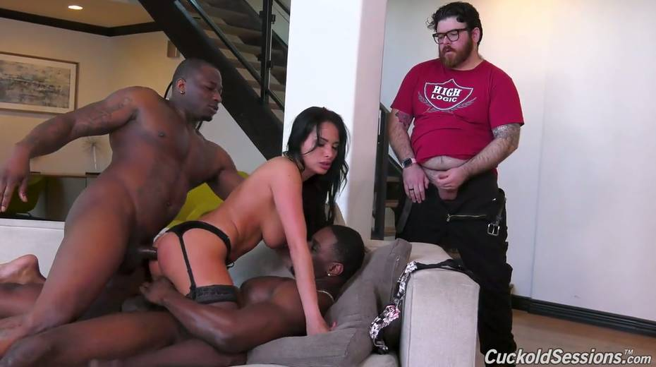 French whore wife Anissa Kate goes black in front of her cuckold husband - 21. pic