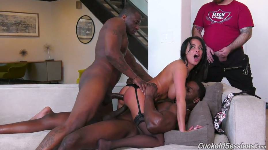 French whore wife Anissa Kate goes black in front of her cuckold husband - 23. pic