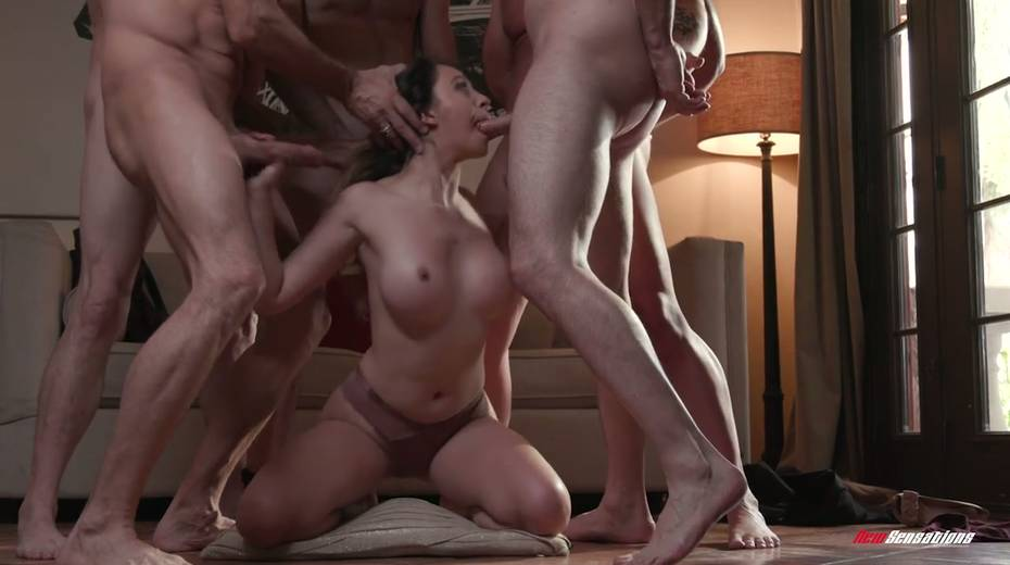Crazy blowbang video featuring stunning big tittied babe - 12. pic