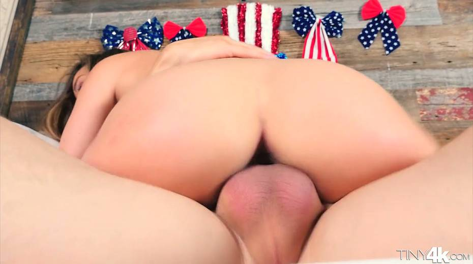 Sweetie Dillion Harper is fucked by horny big neighbor - 22. pic