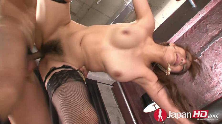 Two dudes fuck nasty Asian chick Yuna Hirose and makes her slit stretched - 17. pic