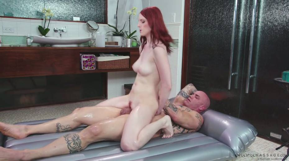 Red haired seductress Alex Harper is pleasing her regular client - 23. pic
