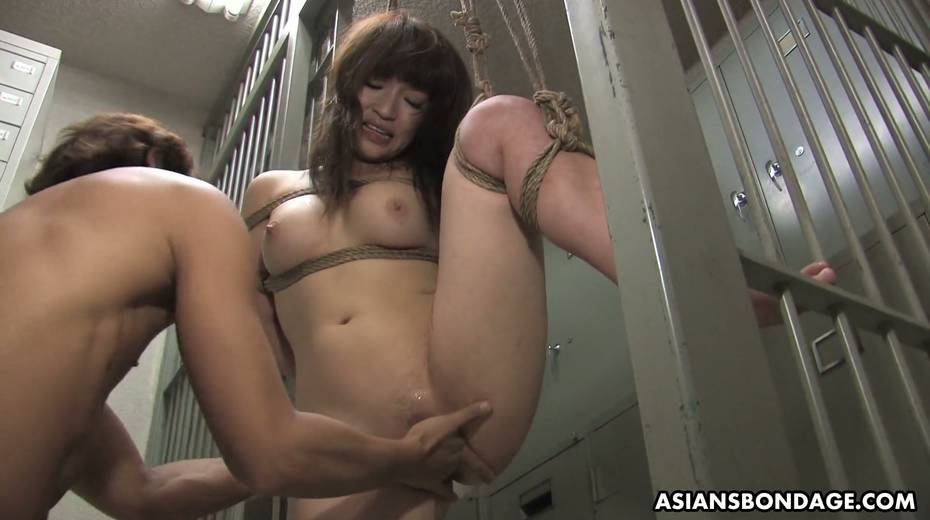 Kinky dude fucks tied up Japanese chick Yukina Mori and cums in her muff - 7. pic