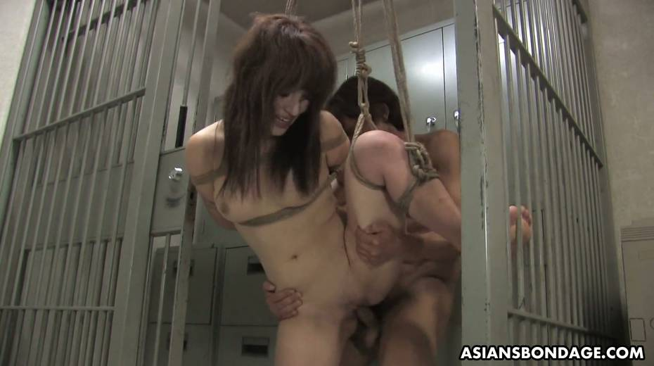 Kinky dude fucks tied up Japanese chick Yukina Mori and cums in her muff - 13. pic