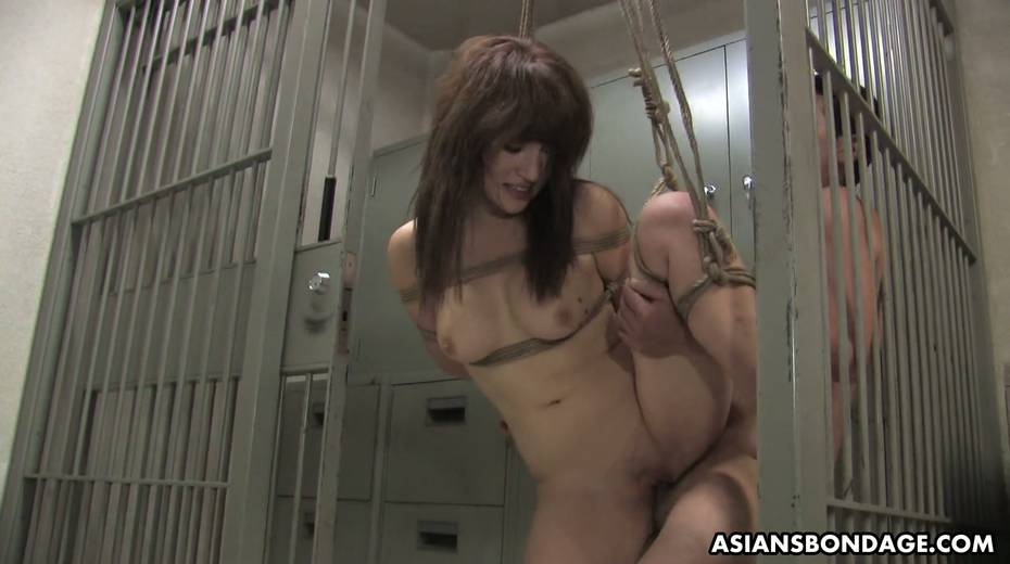 Kinky dude fucks tied up Japanese chick Yukina Mori and cums in her muff - 15. pic