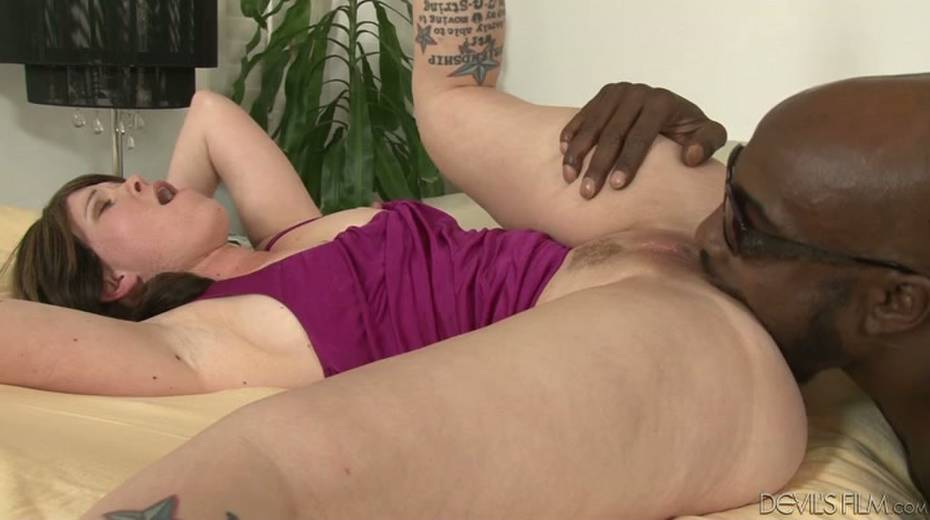 Salacious brunette bitch enjoys foreplay with horny black dude - 13. pic