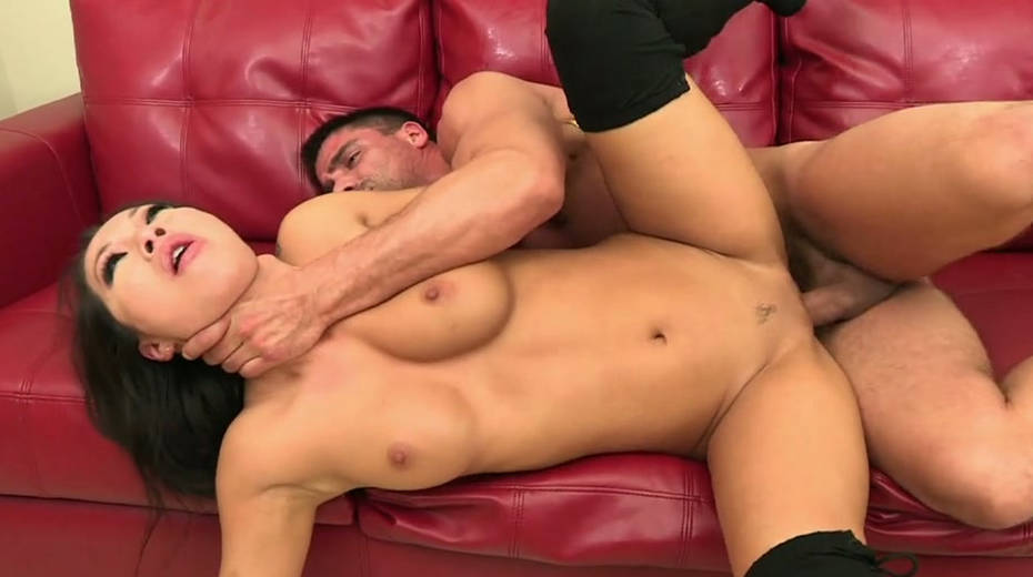 Sex obsessed chick Asa Akira Relieves stress in an enjoyable way - 1. pic
