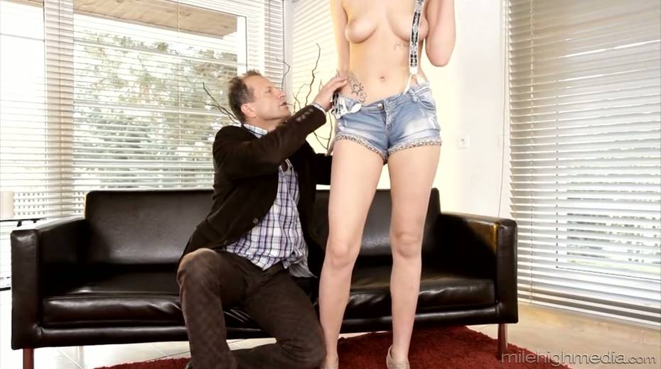 Yummy chick Gabrielle Daniels is making love with her elder lover - 4. pic