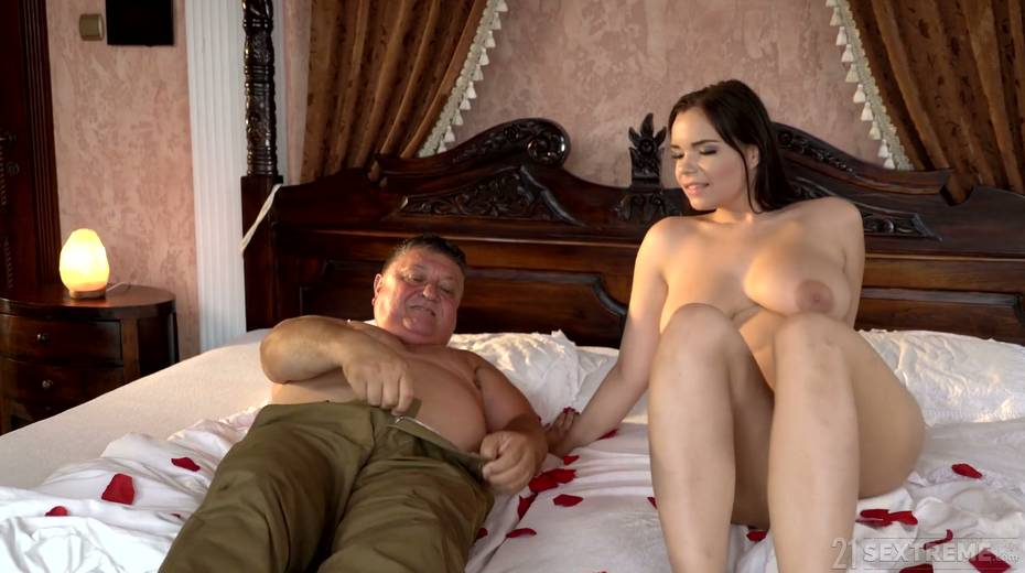 Young kept woman Sofia Lee knows how to make her sugar daddy fully satisfied - 8. pic