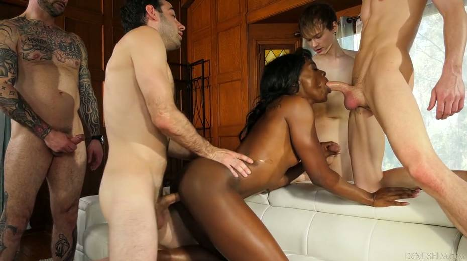 Ebony chick Ana Foxxx is fucked and jizzed by several white dudes - 14. pic