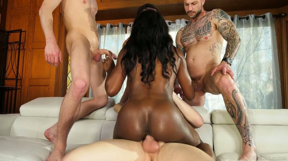 Ebony chick Ana Foxxx is fucked and jizzed by several white dudes - 24. pic