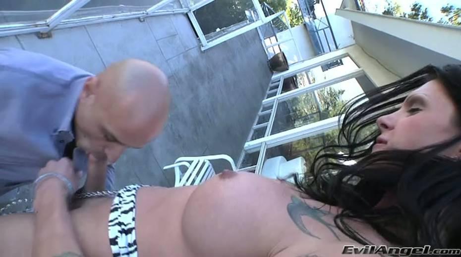 Horny tattooed bitch gets her dick sucked deepthroat outdoor - 12. pic