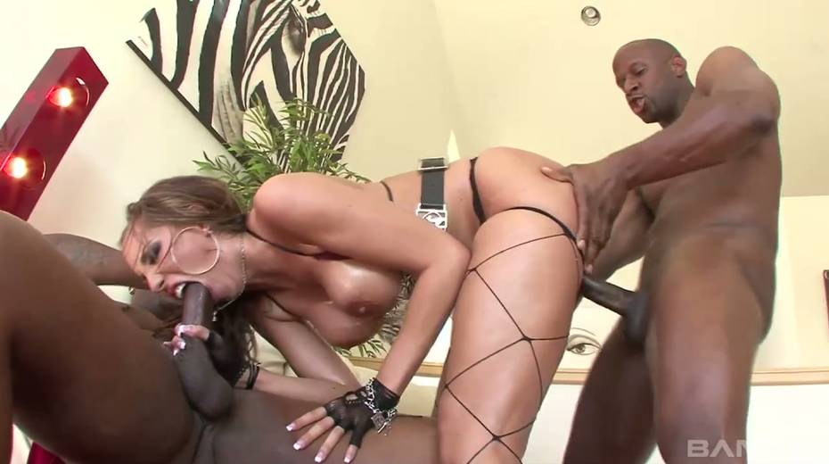 Horny slut Kelly Divine blows two huge black dicks and gets rammed hard - 6. pic