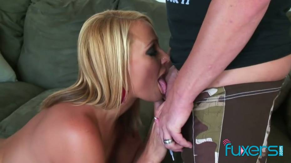 Curvy blond hooker licks sperm off hard cock after a steamy pussy pounding - 8. pic