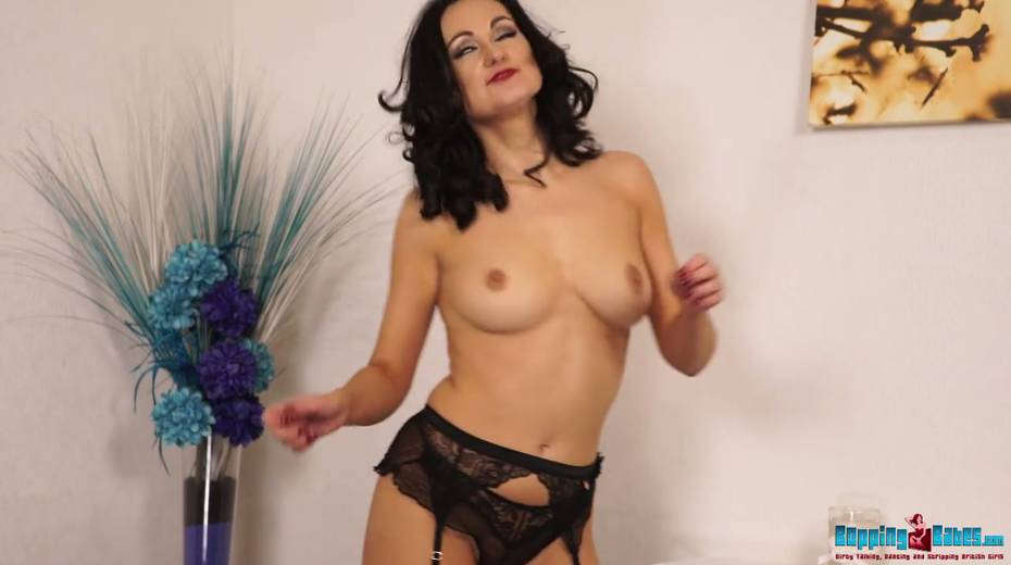 Hot wench in black stockings and garters Bonnie gets naked and dances - 14. pic
