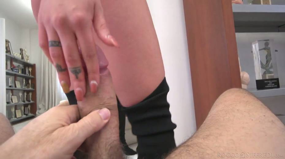 Horny Rocco is checking out deep throat and tight anus of Nelly Kent - 17. pic