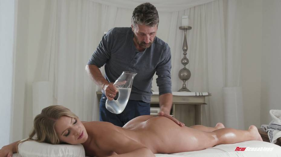 Bodacious babe Candice Dare gets her pussy oiled up and fucked hard - 4. pic