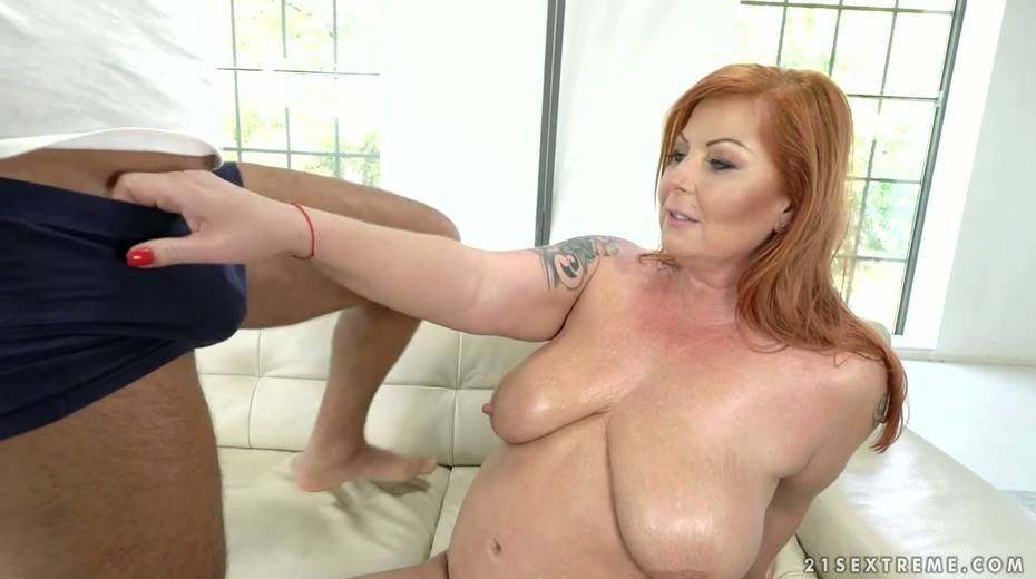 Red haired cougar Tammy Jean gets her anus fucked by young horny lover - 7. pic