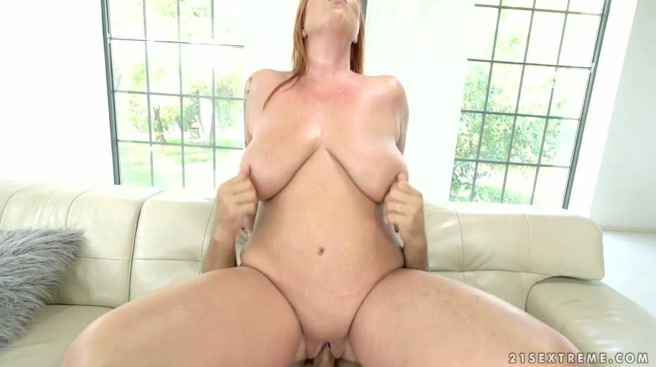 Red haired cougar Tammy Jean gets her anus fucked by young horny lover - 13. pic