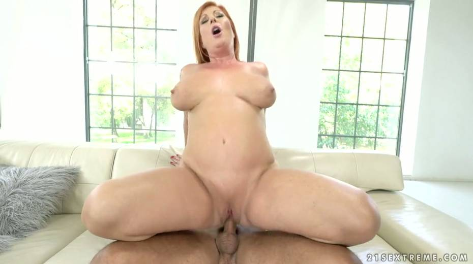 Red haired cougar Tammy Jean gets her anus fucked by young horny lover - 15. pic