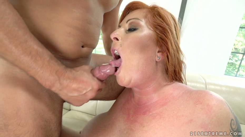 Red haired cougar Tammy Jean gets her anus fucked by young horny lover - 28. pic