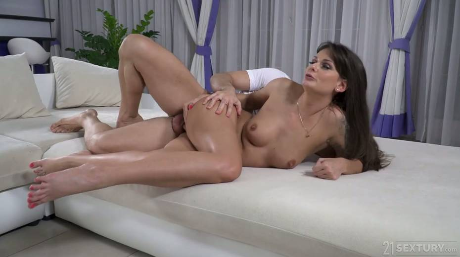 Tattooed Hungarian babe Victoria Velvet is fucked in her oiled up anal hole - 19. pic