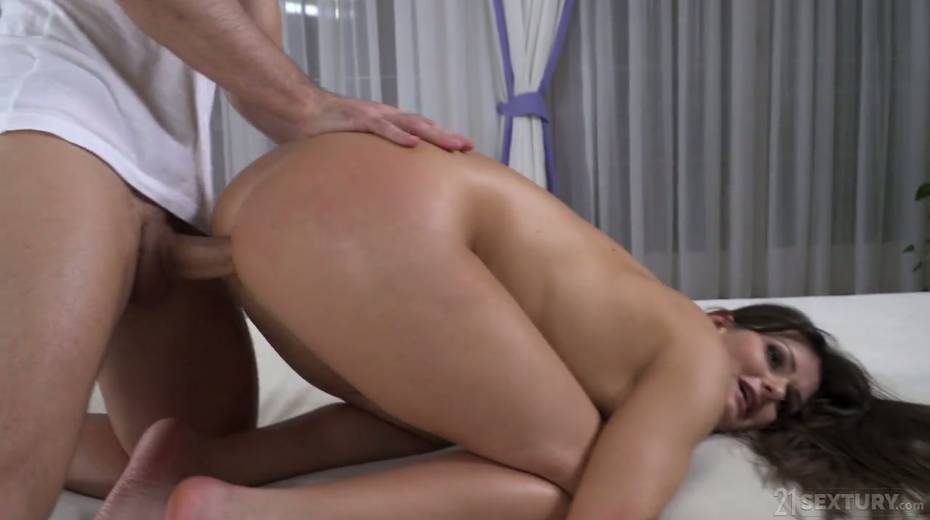 Tattooed Hungarian babe Victoria Velvet is fucked in her oiled up anal hole - 22. pic