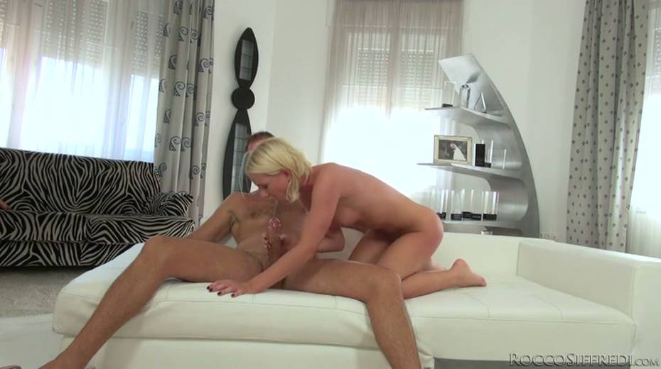 Hot blonde is pushed to her limits by Rocco Siffredi - 10. pic