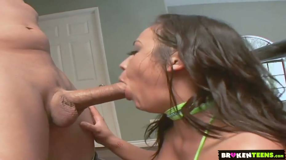 Kinky stepmom Mia Lelani seduces her naughty stepson and gets her anus rimmed - 4. pic