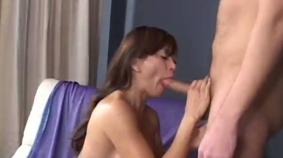 This cock crazed Asian MILF really enjoys receiving rimjobs - 13. pic