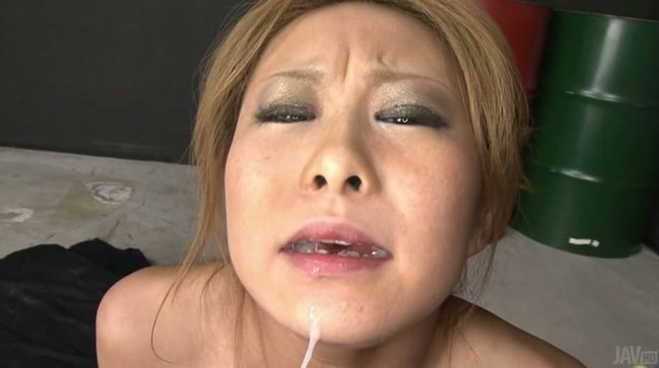 Attractive girl Yuno Shirasu nailed passionately in a missionary position - 15. pic
